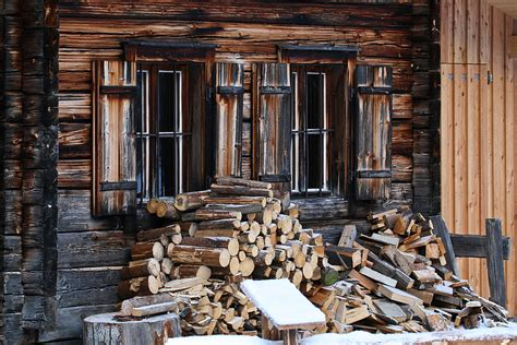 Holz Vor Der Hütte Bilder by Ordentlich Holz Vor Der H 252 Tte Foto Bild Deutschland