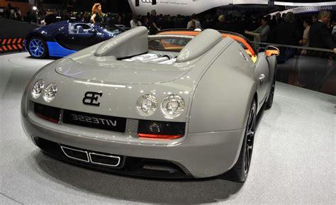 2020 bugatti chiron noire special edition. 2020 Bugatti Chiron Grand Sport New Model Photo Wallpaper   Bugatti veyron, Super sport, Bugatti