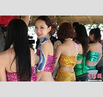 Models Dressed As Mermaids To Celebrate Fishing Festival In Xinjiang People S Daily Online