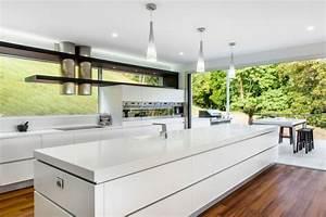 Küche Mit Kochinsel : designer corian k che mit kochinsel modern offen und ~ Michelbontemps.com Haus und Dekorationen