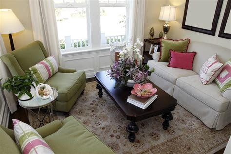 White Living Room Arm Chairs by 25 Cozy Living Room Tips And Ideas For Small And Big