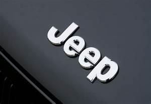 Jeep Logo Wallpaper - WallpaperSafari