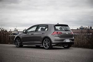 2017 Volkswagen Golf R : review 2017 volkswagen golf r canadian auto review ~ Maxctalentgroup.com Avis de Voitures