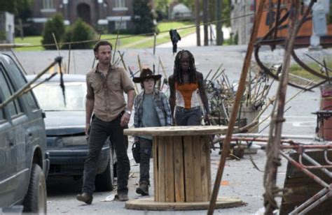 find out where the cast of the walking dead will be