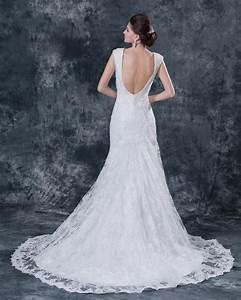 Belle robe de mariee dos nu arborez la beaute derriere for Robe de mariée dentelle dos