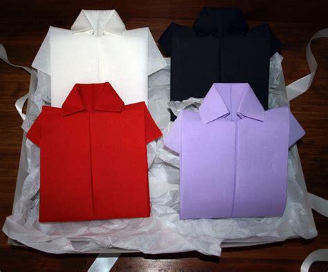 pliage en papier r 233 aliser une chemise ou chemisette