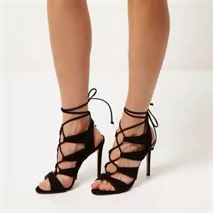 black lace up heels is heel