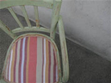 restaurer une chaise cannee restaurer une chaise cann 233 e esprit cabane idees creatives et ecologiques