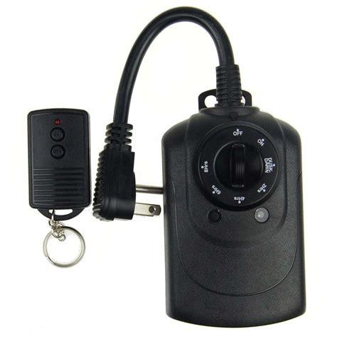 christmas light timer home depot defiant 15 amp plug in dial light sensing timer with