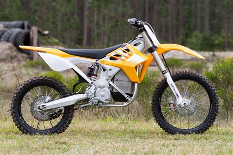 This Motorcycle Sold Me On Electric Dirt Bikes