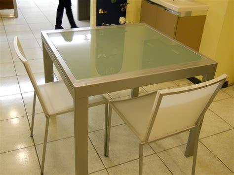 tavoli da cucina quadrati allungabili tavoli quadrati allungabili moderni tavoli da cucina