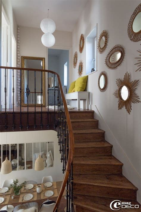 idee deco mur escalier les 25 meilleures id 233 es de la cat 233 gorie miroirs sur id 233 es de miroir miroirs muraux