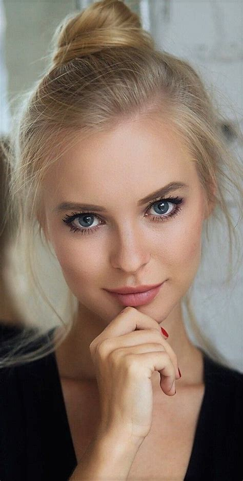 "lovesensualamazinglace77: ""Victoria Pichkurova "" | Beauty girl"