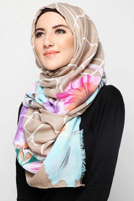 learn   utilize big fabric  hijab  scarf