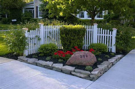 Corner House Fence Ideas