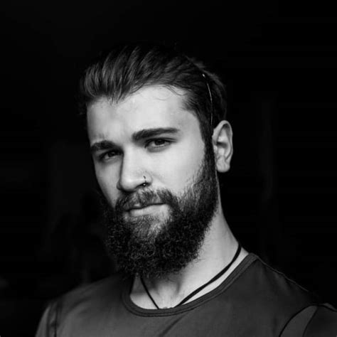 The concepts of vikings and beards are pretty much synonymous at this point. 55+ Best Viking Beard Styles For Bearded Men - Fashion Hombre