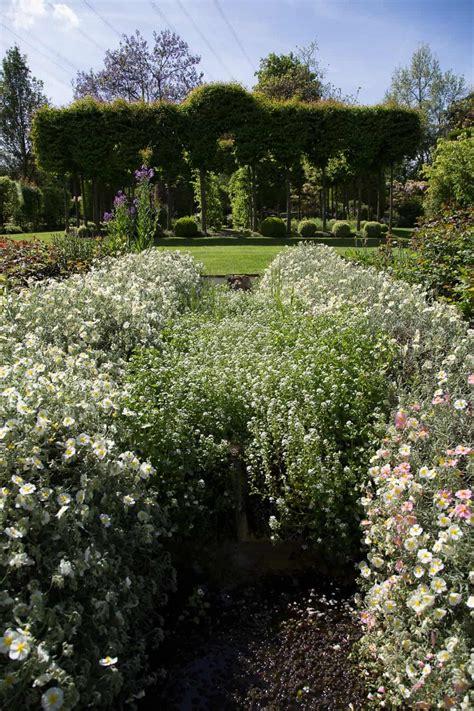 Englischer Garten Ettenbühl by Wassergarten Landhaus Ettenb 252 Hl