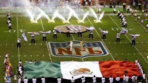 nfl  play game  mexico city