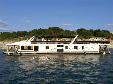 Lake Austin Boat Rentals by Austin Boat Rentals Luxury Boat Rentals On Lake Travis
