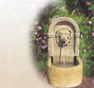 antike historische brunnen fur den garten stein With französischer balkon mit brunnen im garten kosten