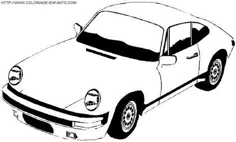 voiture de sport coloriage voitures de cours