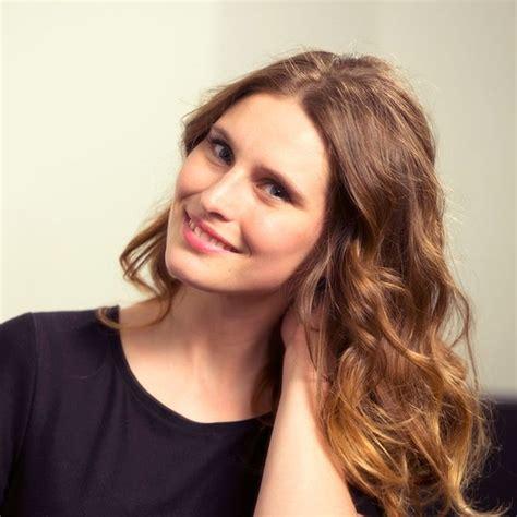 Quelle coupe de cheveux et coiffure choisir selon la morphologie et forme de son visage ? Coupe De Cheveux Pour Visage Rectangulaire Femme ...