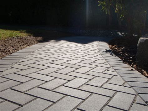 paver patterns for walkways the beautiful paver walkway patterns ideas orchidlagoon com