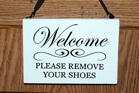 remove  shoes wood signdoor hanger