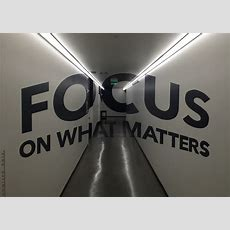 Anamorphic Illusion  Focus On What Matters  In A Linkedin … Flickr
