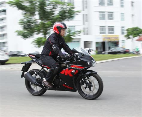Suzuki Gsx R150 by Suzuki Gsx R150 2017 Sportbike Ruồi Gi 225 75 Triệu đồng