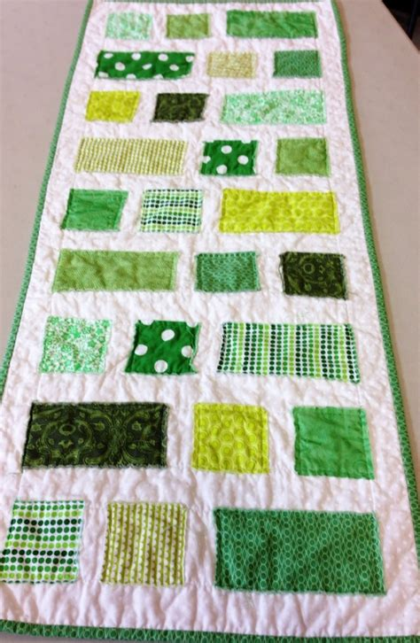 simple squares  rectangles runner favequiltscom