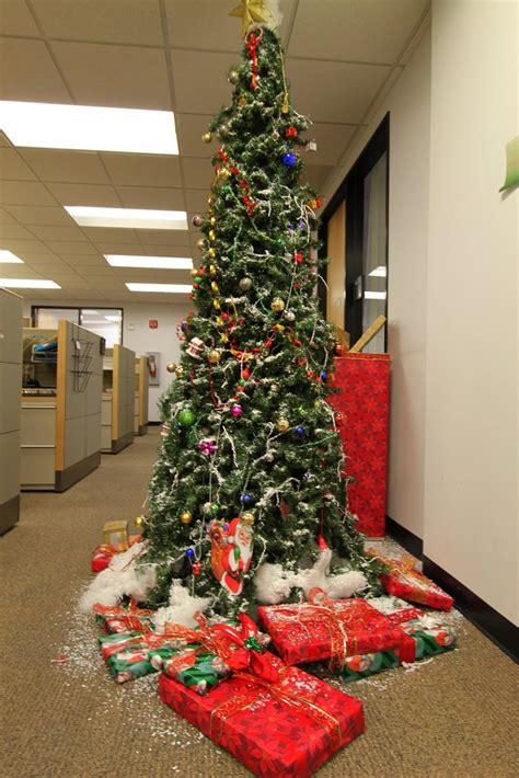 christmas tree decorating contest ideas 30 attractive office decoration ideas decoration