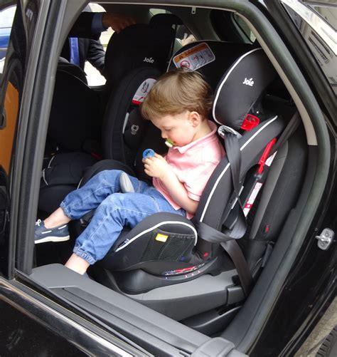 siège auto sécurité routière sécurité routière protégeons nos enfants avec joie le