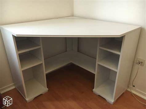 ikea bureau en verre bureau angle ikea bureau angle en verre lepolyglotte