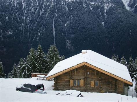 chalet a vendre les saisies location chalet individuel authentique chalet d alpage 224 500m des pistes les saisies 9696