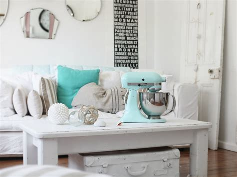 Nautical Beach Cottage Decor On Pinterest  Cotton Throws. Small Side Chairs For Living Room. White Living Room Furniture. Living Room Arm Chairs. Canvas Art For Living Room. Living Rooms Color Ideas. Elegant Living Rooms Images. Cheap Black Living Room Furniture Sets. Living Room Ideas Ikea