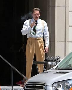 Ben Affleck puffs on a cigarette between reshoots for ...