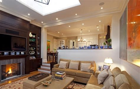 Inspiring Living Room Ideas To Decorate With Style Kitchen Backsplash Marble White Wall Color Glass Countertops Living Room And Ideas Wood Floors Pictures Colorful Accessories Colors For My