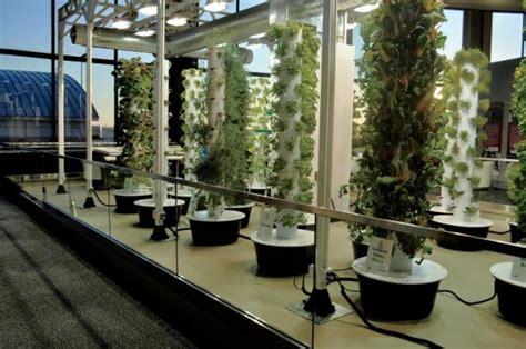 Vertical Garden Chicago by Vertical Gardens Sprout At Chicago Airport
