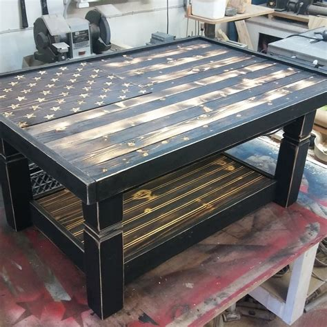 American flag coffee table and can have custom words wood burned above or below it. Rustic Flag Coffee Table - RYOBI Nation Projects