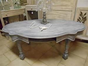 Table Basse Blanche Et Grise : table basse ancienne de couleur grise patin blanche ~ Teatrodelosmanantiales.com Idées de Décoration