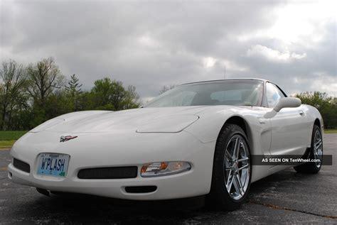 speedway white  corvette