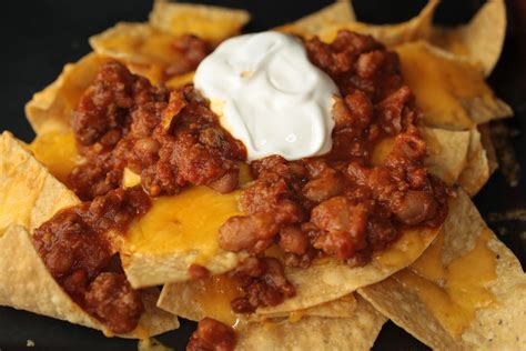 nachos recipes chili cheese nachos bar snacks pictures chowhound