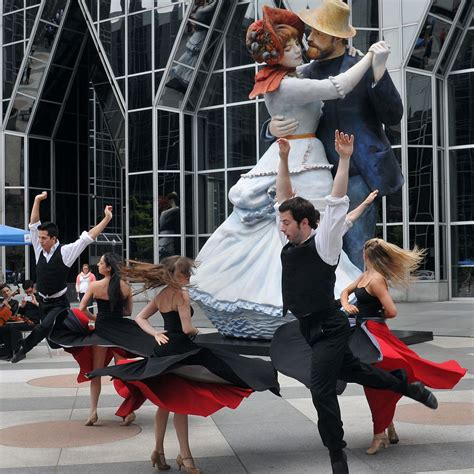 Renoir Inspired Statue Makes Debut At Ppg Plaza