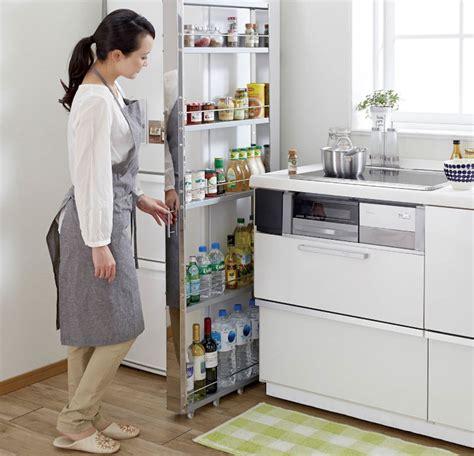 meuble de rangement cuisine a roulettes gain de place dans la cuisine astuces meubles et