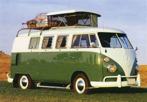 1966 Volkswagen Type 2 21-window Samba Bus
