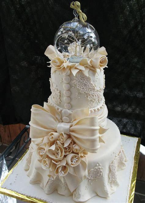 1000 Ideas About Ivory Wedding Cake On Pinterest Ivory