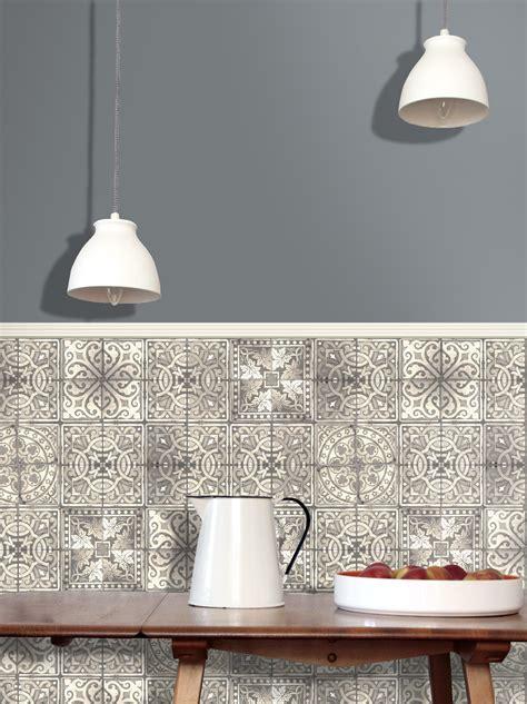 papier peint imitation carrelage cuisine carreaux en patchwork et trompe l 39 œil