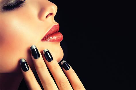 Do You Know That Nail Contouring Is A Real Thing?