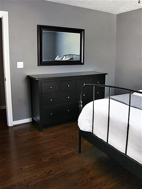 gray walls with black furniture scratch that let s paint 7th house on the left